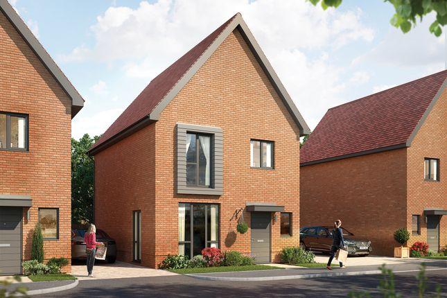 Thumbnail Link-detached house for sale in Hawthorn Drive, Crowthorne