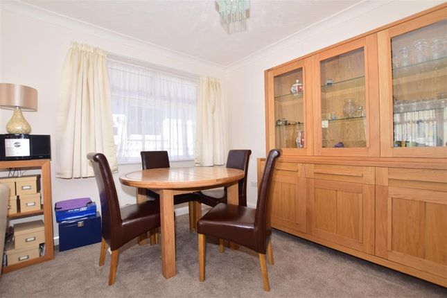 Thumbnail Detached bungalow for sale in Parsonage Manorway, Belvedere, Kent