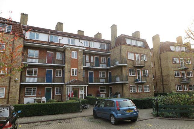 Thumbnail Flat to rent in Acorn Walk, London