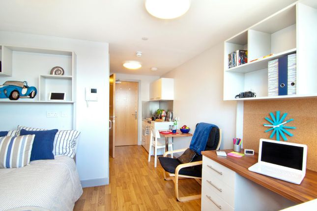 Thumbnail Room to rent in Earlsdon Street, Southsea