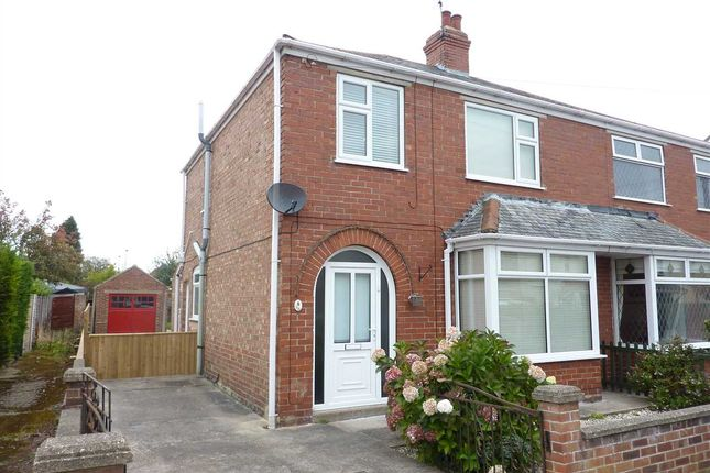 Thumbnail Semi-detached house to rent in Spurn Avenue, Scartho, Grimsby