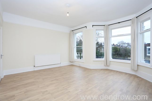 3 bed flat to rent in Peploe Road, London