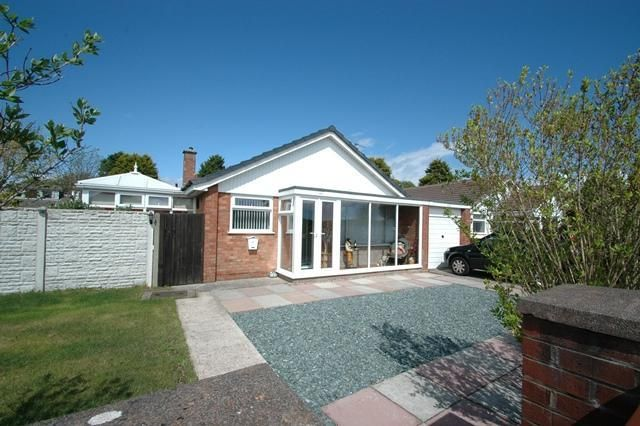 Thumbnail Bungalow for sale in Pinfold Lane, Ainsdale, Southport