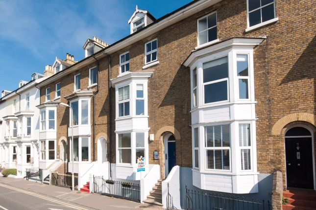 2 bed flat for sale in Deal Castle Road, Deal