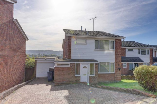 Thumbnail Detached house to rent in Ryans Mount, Marlow