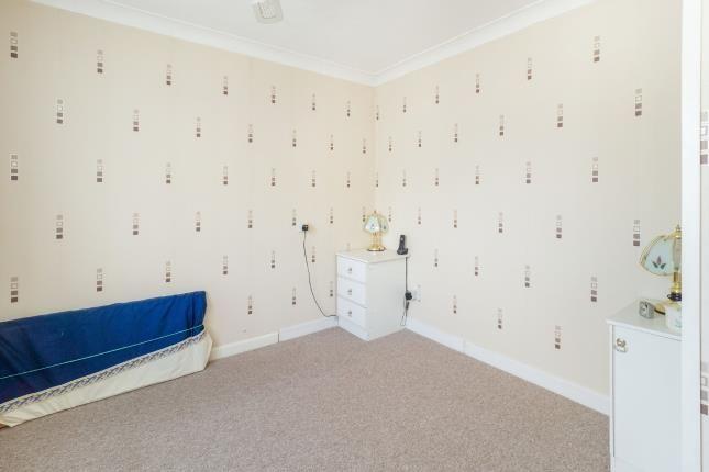 Bedroom One of Barnsley Close, Killarney Park, Nottingham, Nottinghamshire NG6
