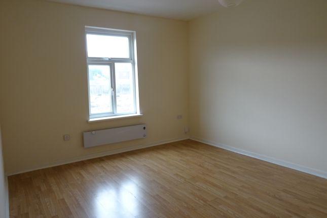 Bedroom of Wellgate, Rotherham S60