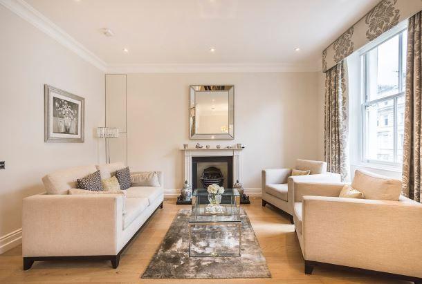 Thumbnail Flat to rent in Greenwell Street, Fitzrovia