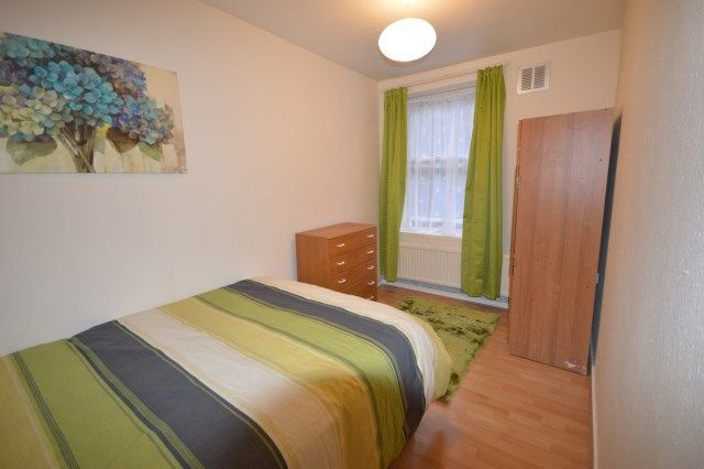 Thumbnail Flat to rent in Fulham Road, Fulham