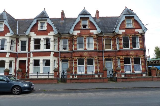 Thumbnail Flat to rent in Watton, Brecon
