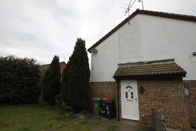 1 bed property to rent in Nash Close, Houghton Regis, Dunstable LU5