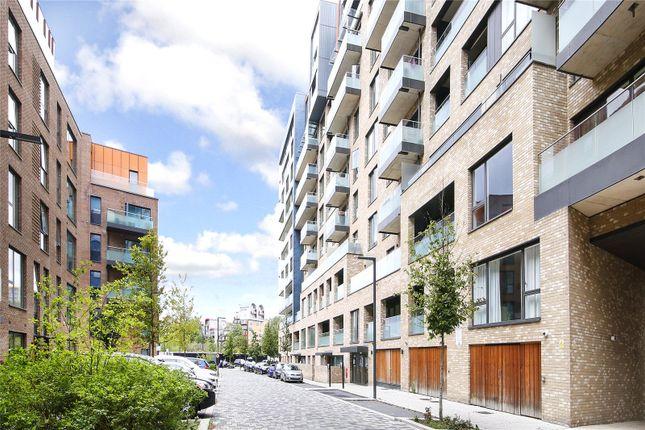 Picture No. 16 of Rennie Street, Greenwich SE10