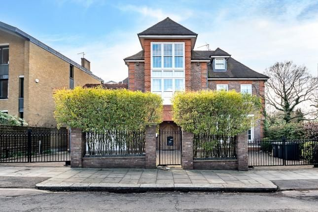 Thumbnail Detached house for sale in Danewood Road, Highgate, London