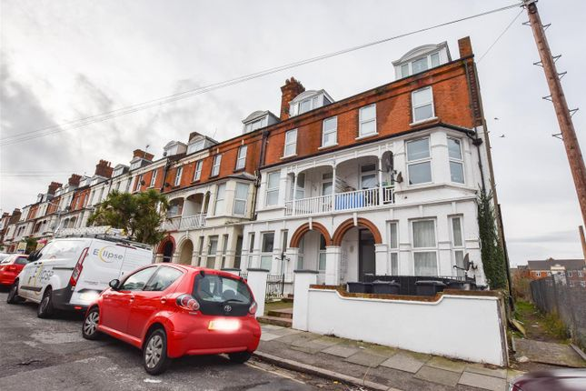 Thumbnail Flat to rent in 2-4 Surrey Road, Cliftonville, Margate
