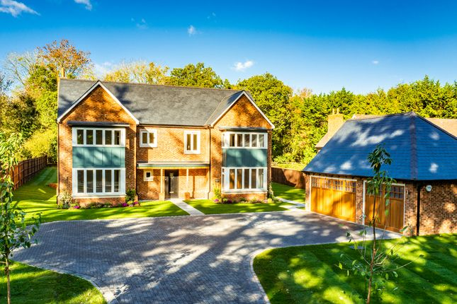 Thumbnail Detached house for sale in Harewood House, Checkendon
