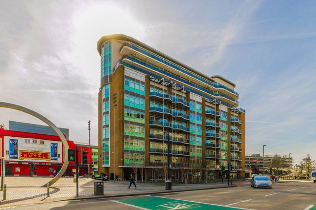 Thumbnail Flat to rent in Gerry Raffles Square, Stratford