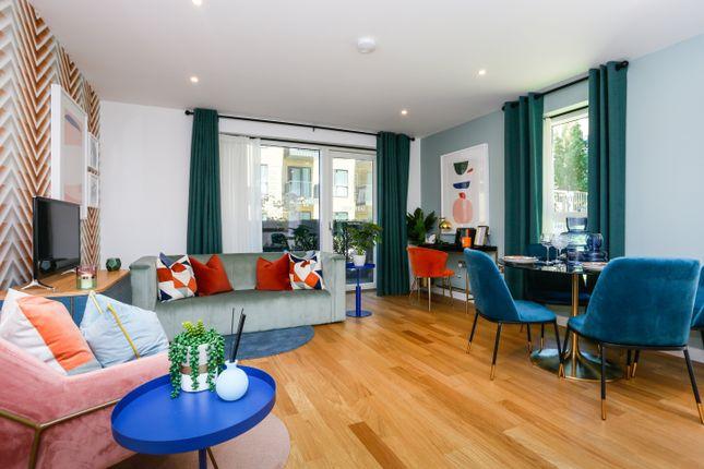 1 bedroom flat for sale in Union Walk, - 3-5 Samara Drive, London