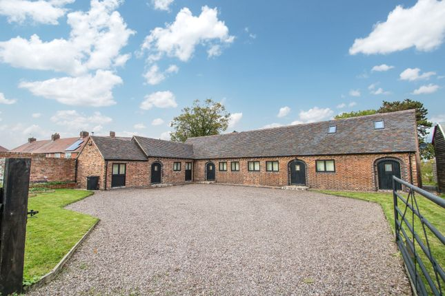 Thumbnail Barn conversion to rent in Fir Tree Lane, New Arley, Coventry