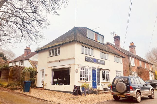 Thumbnail Flat to rent in Grayswood, Haslemere, Surrey