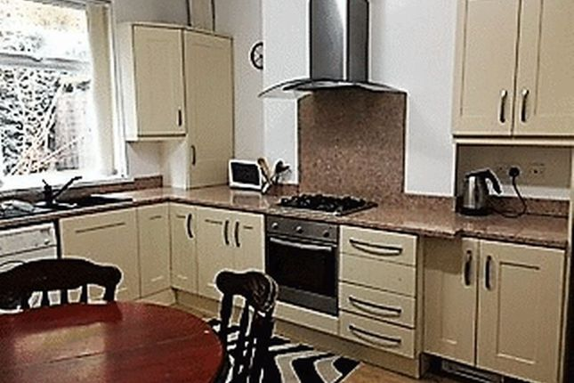 Thumbnail Semi-detached house to rent in Whitehead Lane, Huddersfield