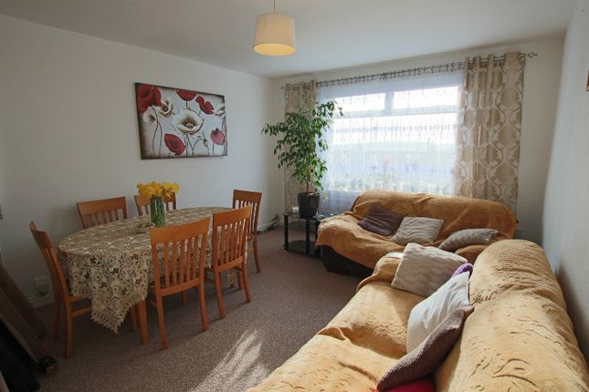 Thumbnail Flat to rent in Pentland Crescent, West End, Dundee