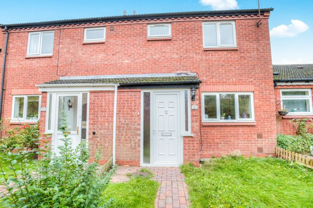 Thumbnail Terraced house for sale in Upper Field Close, Church Hill North, Redditch