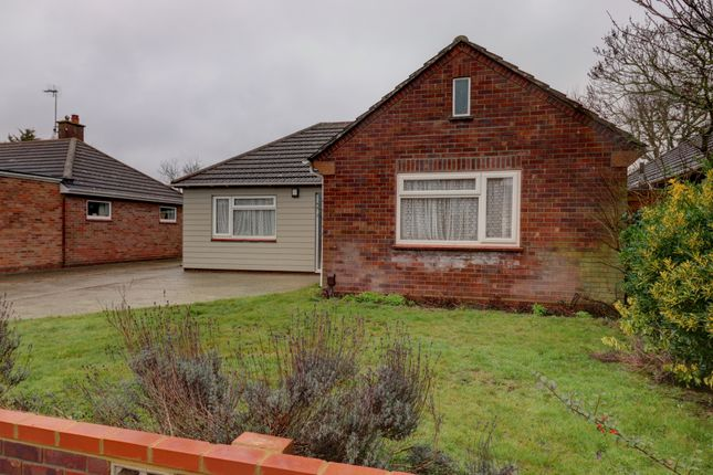 Thumbnail Bungalow for sale in Hills Crescent, Colchester