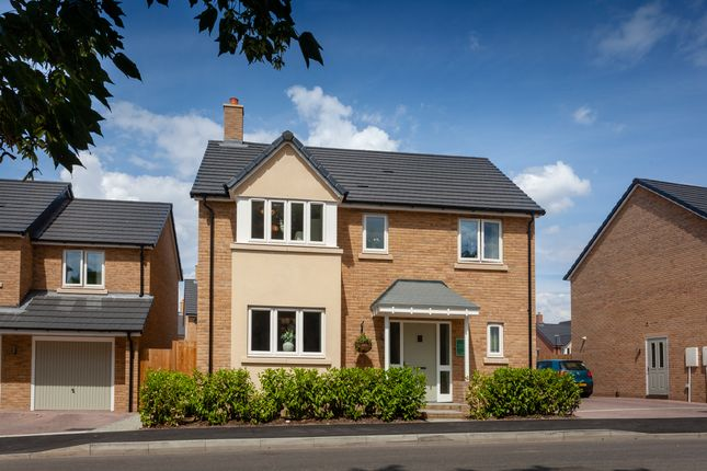 Thumbnail Detached house for sale in Wexham Rd, Slough, Berkshire