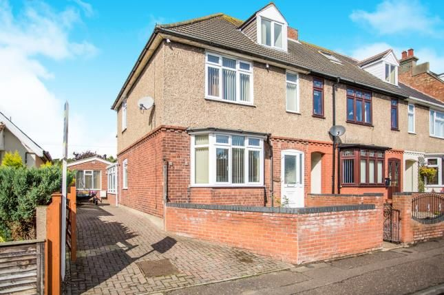 Thumbnail End terrace house for sale in Gorleston, Great Yarmouth, Norfolk