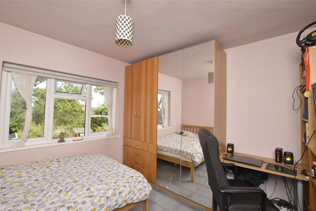 Bedroom 2 of Wakemans Hill Avenue, London NW9