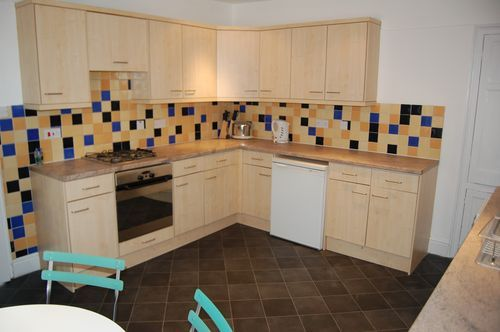 Thumbnail Maisonette to rent in Magdalen Road, St Leonards, Exeter, Devon, 4Ta