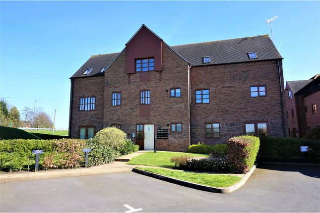 Thumbnail Flat for sale in Arden Mews, Tamworth