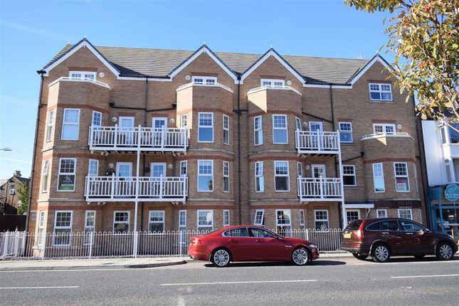 Thumbnail Flat for sale in Promenade, Bridlington, East Yorkshire