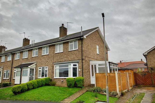 2 bed semi-detached bungalow to rent in Dowber Way, Thirsk YO7