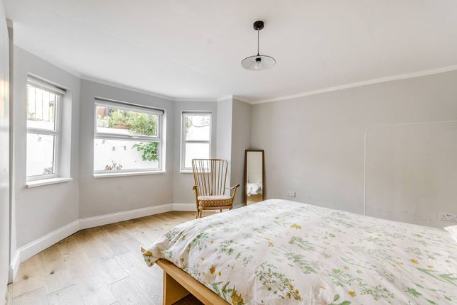 Thumbnail Flat to rent in Overhill Road, Dulwich