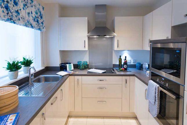 Flat for sale in Moorfield Road, Denham, Uxbridge