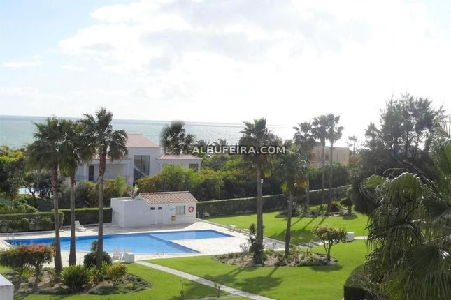 3 bed apartment for sale in Albufeira, Central Algarve, Portugal