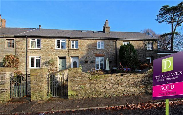 2 bed cottage for sale in Graig Cottages, Miskin, Pontyclun