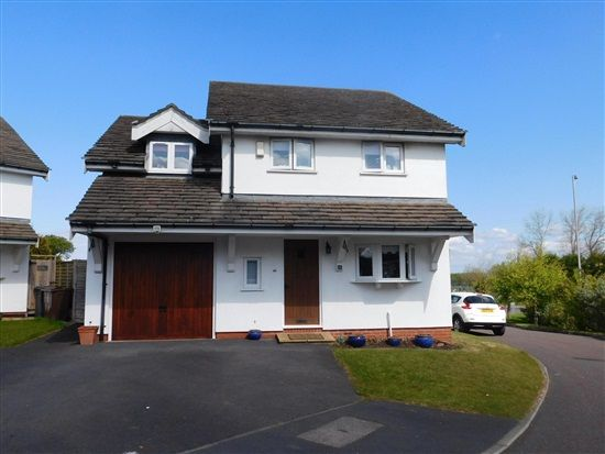 Thumbnail Property for sale in Meres Way, Southport