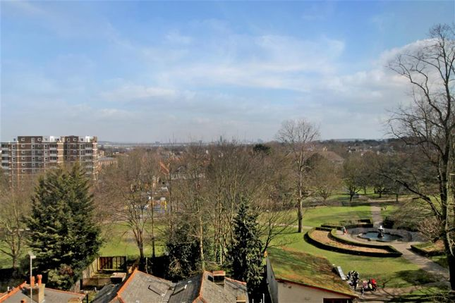 Thumbnail Flat for sale in Throwley Way, Sutton, Surrey