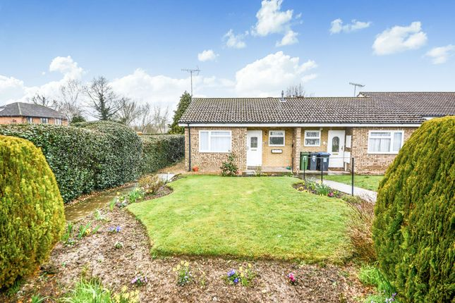 Thumbnail Terraced bungalow for sale in High Street Green, Hemel Hempstead Industrial Estate, Hemel Hempstead