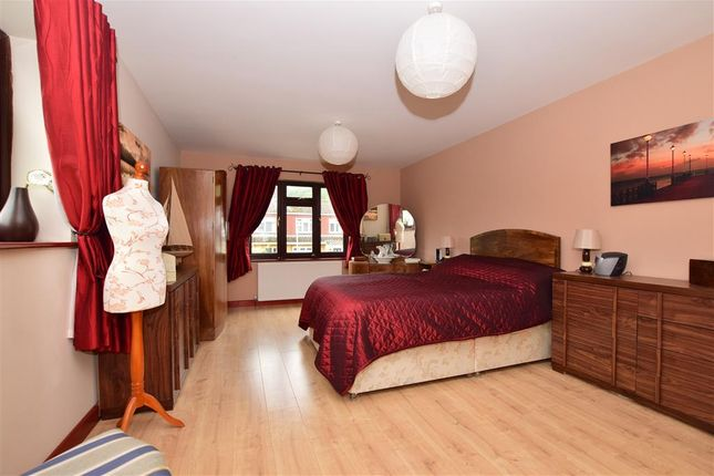 Bedroom 1 of Chequers Close, Istead Rise, Kent DA13