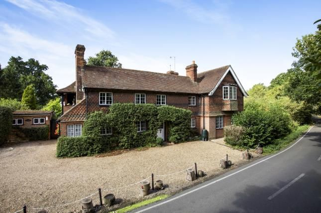 Thumbnail Detached house for sale in Meath Green Lane, Horley, Surrey