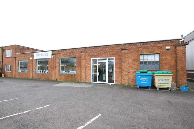 Thumbnail Retail premises to let in Unit 1, Plot 2 Farnham Trading Estate, Farnham
