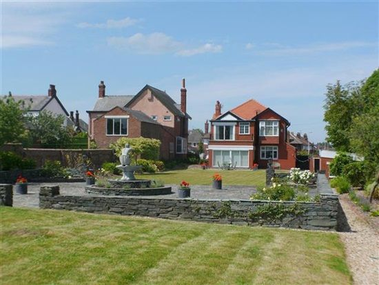 Thumbnail Property for sale in Newton Drive, Blackpool