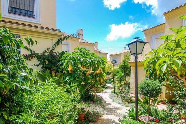 Town house for sale in Costa Azalea, San Pedro De Alcantara, Spain