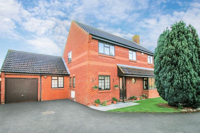 Thumbnail Detached house for sale in Whittle Road, Thame
