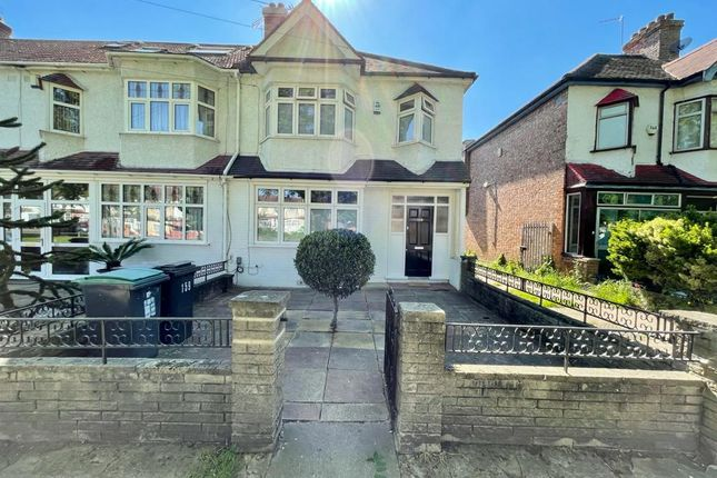 Thumbnail Terraced house to rent in Downwhills Way, London