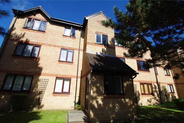Picture No. 01 of Courtlands Close, Watford, Hertfordshire WD24