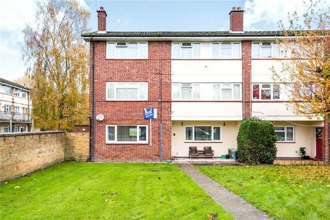 Thumbnail Flat to rent in Milton Road, Waterlooville